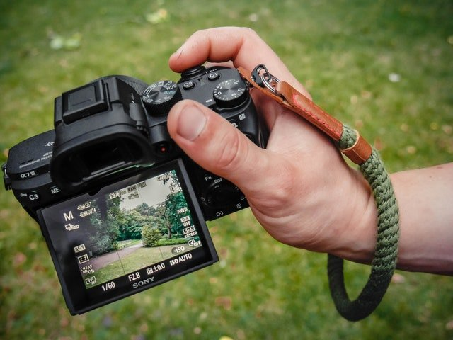 Read more about the article The Best Nikon Cameras with Flip Screen Review: Top 4 of 2021