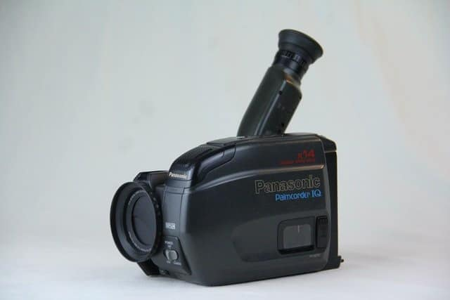 Read more about the article The Absolute Best Camcorders for Sports: 2021 Review