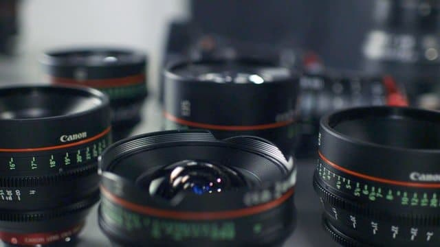 Read more about the article The Best Canon 80D Lenses: 3 Things to Know Before You Buy